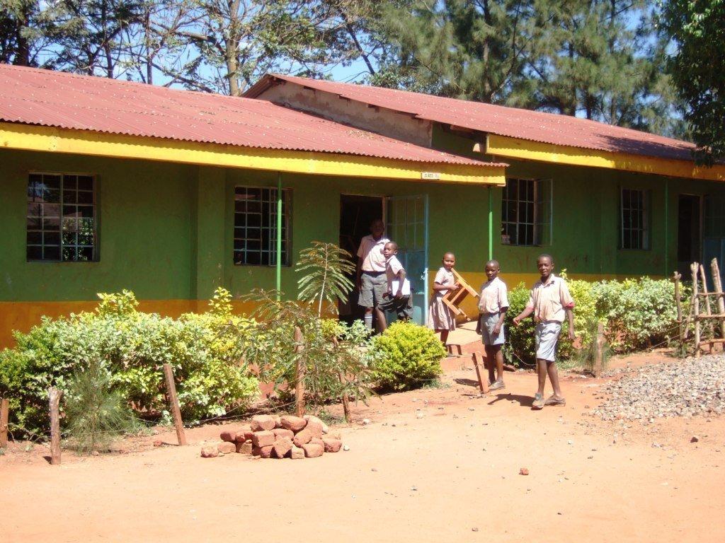 One of the classrooms of Aquinoe.