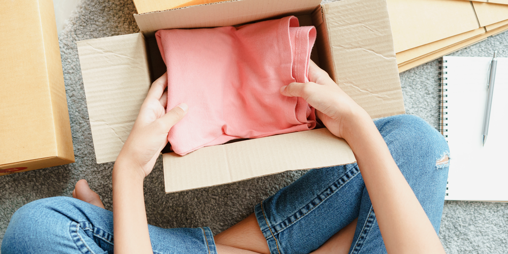 How to Package and Ship Clothes